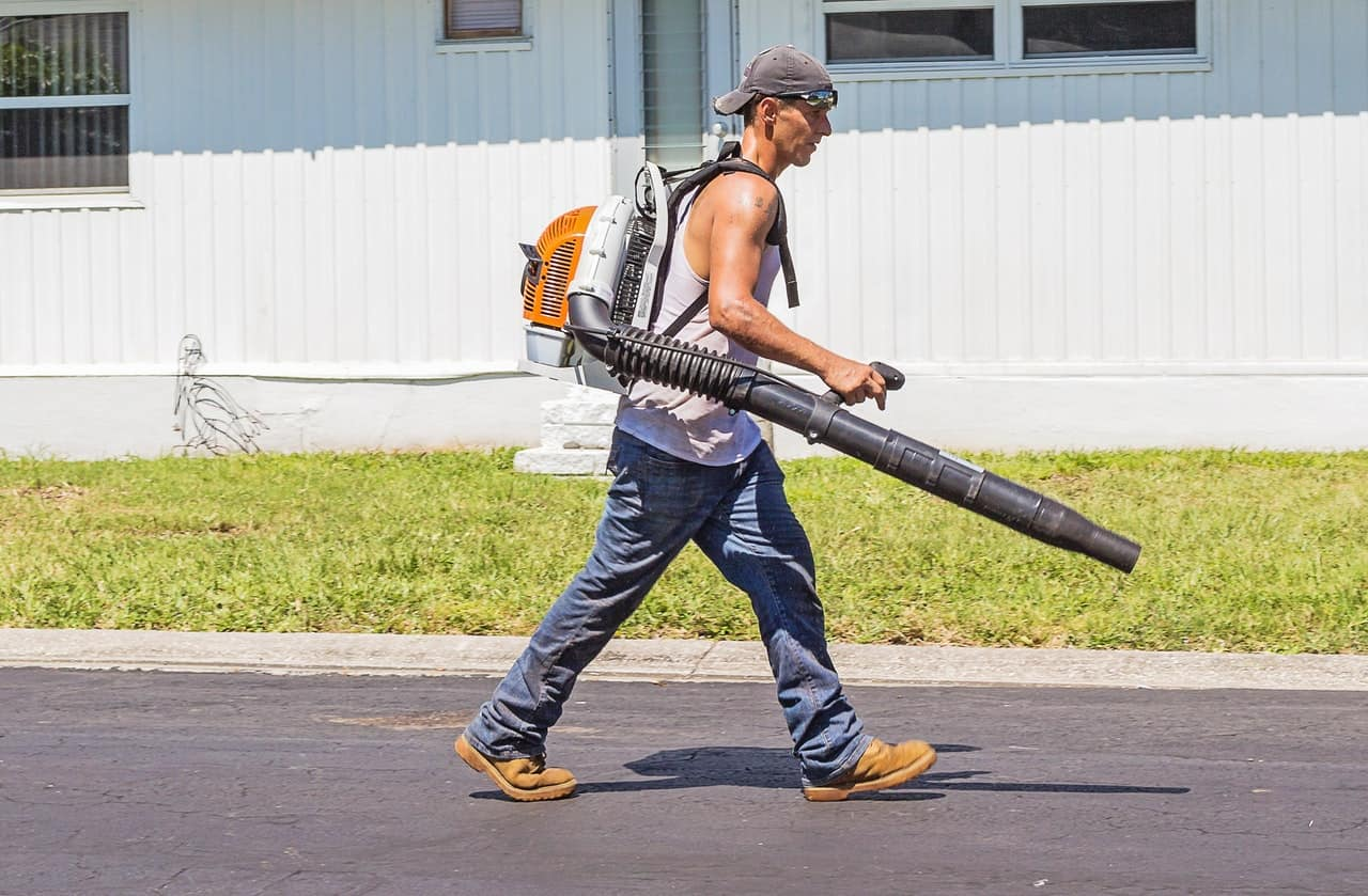 most powerful leaf blowers that you can find on the market.